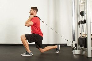 cable reverse lunge exercise